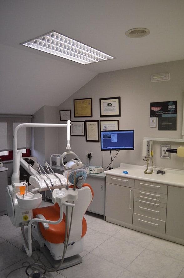 clínica dentista en oviedo