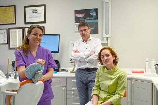 Equipo clínica dental en Oviedo
